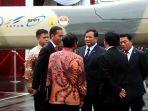 presiden-jokowi-dan-menhan-prabowo-lihat-drone.jpg