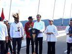 presiden-jokowi-di-jembatan-yousefa.jpg