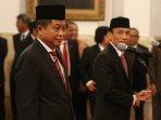 presiden-jokowi-lantik-ignasius-jonan-menjadi-menteri-esdm_20161014_163005.jpg
