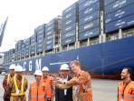 presiden-jokowi-lepas-ekspor-dengan-kapal-kontainer-raksasa_20180517_114247.jpg