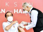 presiden-jokowi-orang-pertama-disuntik-vaksin-sinovac_20210113_202030.jpg