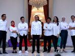 presiden-jokowi-perkenalkan-tujuh-staf-khusus-milenialnya_20191122_014447.jpg