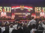 presiden-jokowi-saat-membuka-kongres-xxii-pgri-di-britama-arena.jpg
