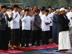 presiden-jokowi-salat-idul-adha-di-kebun-raya-bogor_20190811_215817.jpg
