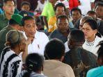 presiden-jokowi-temui-pengungsi-banjir-bandang-sentani_20190401_183352.jpg