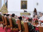 presiden-jokowi-terima-rombongan-amien-rais_20210309_203451.jpg