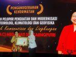 presiden-kelima-ri-megawati-soekarnoputri-menerima-anugerah-kehormatan.jpg