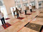 presiden-tinjau-kesiapan-normal-baru-masjid-kompleks-istana_20200604_235517.jpg