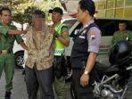 pria-ditangkap-karena-menunjukkan-alat-kelamin_20180530_040640.jpg