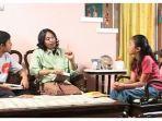 program-belajar-dari-rumah-tvri-sd-kelas-4-6-pengenalan-drama.jpg