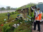 KRONOLOGI Kecelakaan Tol Cipali yang Tewaskan 4 Orang, Berawal Mobil Oleng karena Sopir Ngantuk