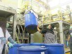 proses-pembuatan-hand-sanitizer-cairan-pembersih-tangan.jpg