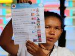 proses-penghitungan-suara-pemilihan-presiden-di-dili-timor-timur_20170407_114744.jpg