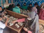 Viral Kakek di Payakumbuh Punya Uang Berkarung-karung, Sang Lurah Ungkap Asal Usulnya