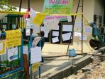 protes-siswa-diponegoro_20141110_154300.jpg