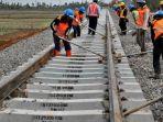 Molor dari Jadwal, Jalur KA Trans Sulawesi Diproyeksikan Selesai di 2021