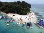 Menikmati Uniknya Pulau Bira Besar