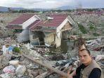 puluhan-pesulap-bantu-korban-gempa-palu-dan-lombok_20181229_231612.jpg