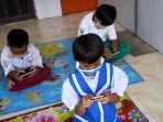 puteri-indonesia-2014-elvira-devinamira-buka-sekolah-online_20201013_211225.jpg