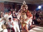 puteri-indonesia-2017-bunga-jelitha-ibrani_20171105_154708.jpg