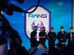 raffi-ahmad-perkenalkan-pemain-rans-cilegon-fc-dan-jersey_20210424_211349.jpg
