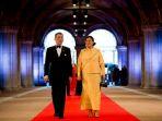Royalis ThailandLuncurkanPartaiPolitik untukBela Raja Maha Vajiralongkorn