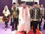 raja-salman-berdiskusi-dengan-tokoh-lintas-agama-di-indonesia_20170303_205446.jpg