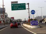 rambu-exit-tol-kawasan-ganjil-genap_20190907_184456.jpg