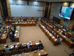 rapat-kerja-komisi-viii-dpr-dengan-menteri-agama-fachrul-razi-rabu-2622020.jpg