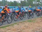 ratusan-peserta-sepeda-gunung-mengikuti-grand-city-1st-jambore-mudhogs-balikpapan-2018_20180827_040119.jpg