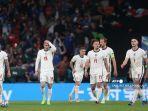 reaksi-para-pemain-inggris-setelah-gol-pertama-italia.jpg
