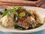 Bikin Sarden Kaleng jadi Spesial dengan Resep Nasi Bakar Sarden Lombok Ijo Ini, Praktis Banget