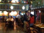 restoran-amigos-di-kemang-jakarta-selatan.jpg