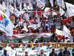 ribuan-buruh-demo-tuntut-cabut-tax-amnesty_20160930_122901.jpg