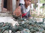 Seorang Petani Temukan Ribuan Keping Koin Kuno Seberat 6 Kg di Pekalongan, Ini Penjelasan BPCB