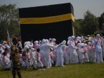 ribuan-murid-raudhatul-athfal-ikuti-manasik-haji-for-kids-demak_20160313_175206.jpg