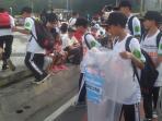 ribuan-pelajar-lakukan-aksi-bersih-bersih-greenaration-blend_20160214_095408.jpg