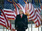 ribuan-pendukung-donald-trump-serbu-gedung-kongres-amerika_20210108_011450.jpg