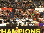 ribuan-penonton-menghadiri-final-d.jpg