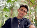 rico-valt-aktor-indonesia-berdarah-bali_20210222_194302.jpg
