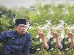 ridwan-kamil-dinasihati-seu-popong_20161218_134835.jpg