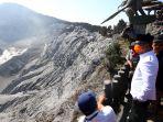 ridwan-kamil-tinjau-gunung-tangkuban-parahu-pascaerupsi_20190729_214233.jpg