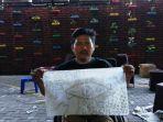 roby-memamerkan-hasil-pelatihan-batik_20180508_201252.jpg