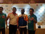 Boaz Salossa: Pesepakbola Muda Papua Banyak yang Bagus Main di Luar Papua, Saya Senang