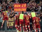 roma-merayakan-setelah-mencetak-gol-selama-pertandingan-sepak-bola-serie-a-italia.jpg