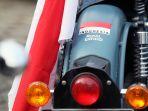Surat Kendaraan Tak Kunjung Keluar, Komunitas Royal Enfield Bodong Geruduk Dealer