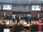 ruang-mahkamah-konstitusi-nih2.jpg