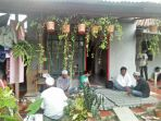 rumah-duka-wni-yang-ditemukan-tewas-di-sebuah-hotel-di-kamboja-enen-cahyati_20180328_221301.jpg