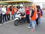safety-riding-honda_20160525_151602.jpg