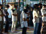 salat-idul-fitri-di-tengah-pandemi-covid-19-di-masjid-al-istiqom_20200524_182315.jpg